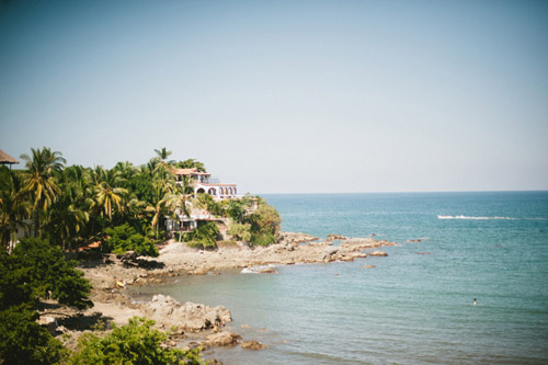 destination-wedding-villa-amor-sayulita-mexico-jillian-mitchell-coast